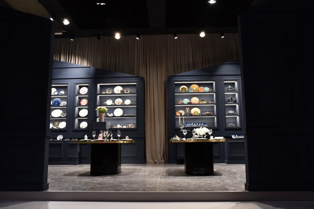 Ceramiche Keope al Salone del Mobile 2019 nello stand di Ercuis & Raynaud.