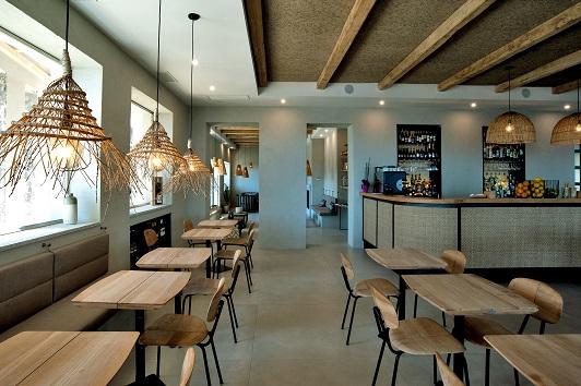Tra ospitalità e benessere: Ceramiche Keope realizza i pavimenti dell'Hotel La Guardia all'Isola del Giglio.